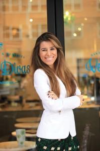 Fernanda Author Photo Official